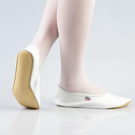 35-40 d. Balti šokių - gimnastikos bateliai (češkės)